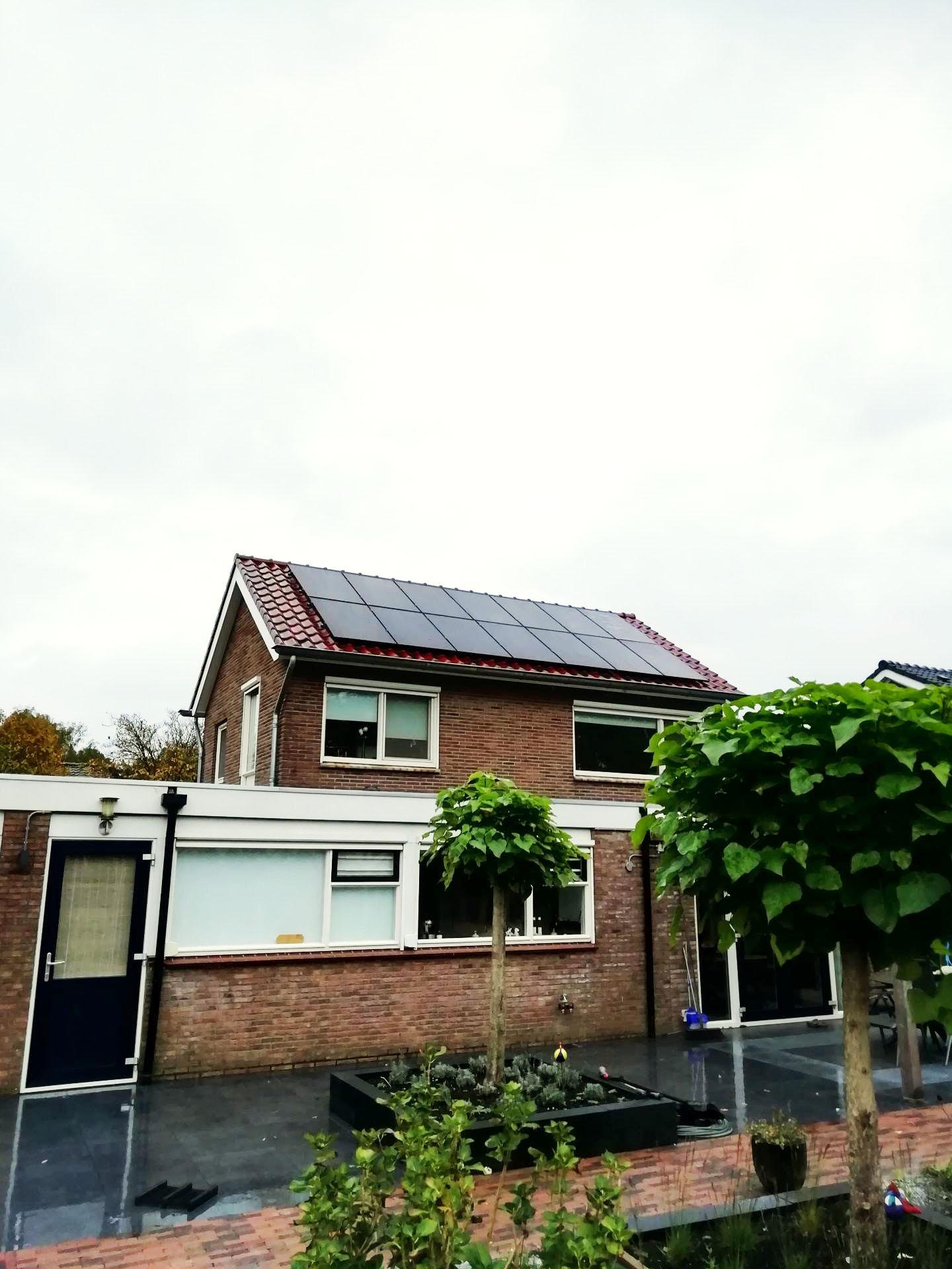 Zonnepanelen installatie woonhuis Odoorn Drenthe